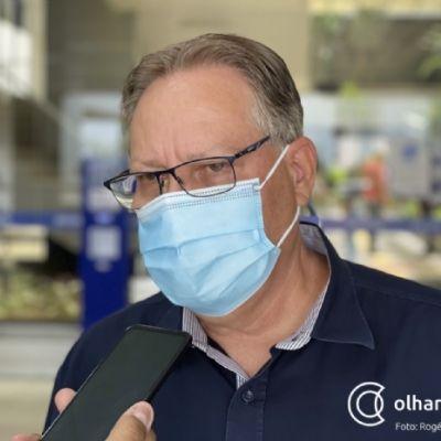 MP afirma que secretário de Saúde descumpre decisão e pede condenação por improbidade