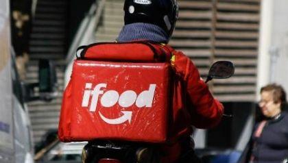 Justiça reconhece vínculo de emprego entre entregador e operadora logística da Ifood