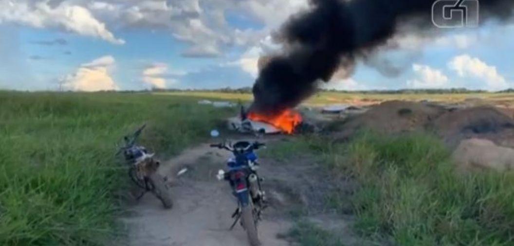 Avião explode em área de garimpo e deixa quatro mortos na divisa de Mato Grosso