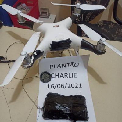 Policiais penais apreendem drone que sobrevoava PCE com droga e celulares
