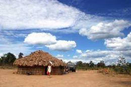 Índios acusados de abusar de mulher na frente do marido