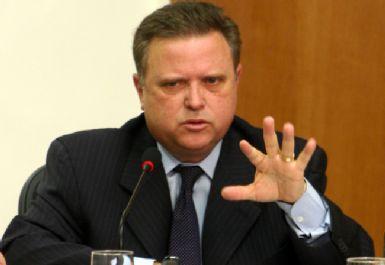 Bancada Federal voltará a pressionar Maggi para que assuma ministério