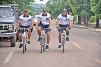PMs de bicicleta garantem segurança de consumidores