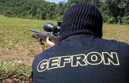 Militares são presos pelo Gefron com cocaína na divisa
