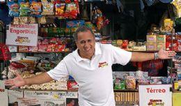 Ex-morador de rua vira milionário e ensina tática de vendas a executivos