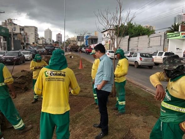 Com novas vagas de estacionamento, revitalização da avenida Mato Grosso é concluída na sexta