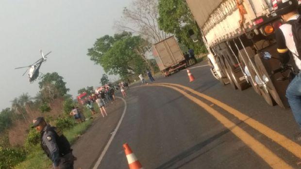 Acidente entre Frontier e Astra deixa um morto e nove feridos na MT-060; veja fotos