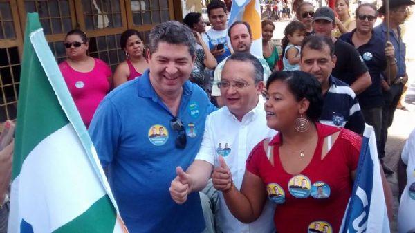 Guilherme Maluf durante a campanha eleitoral deste ano, ao lado do governador Pedro Taques