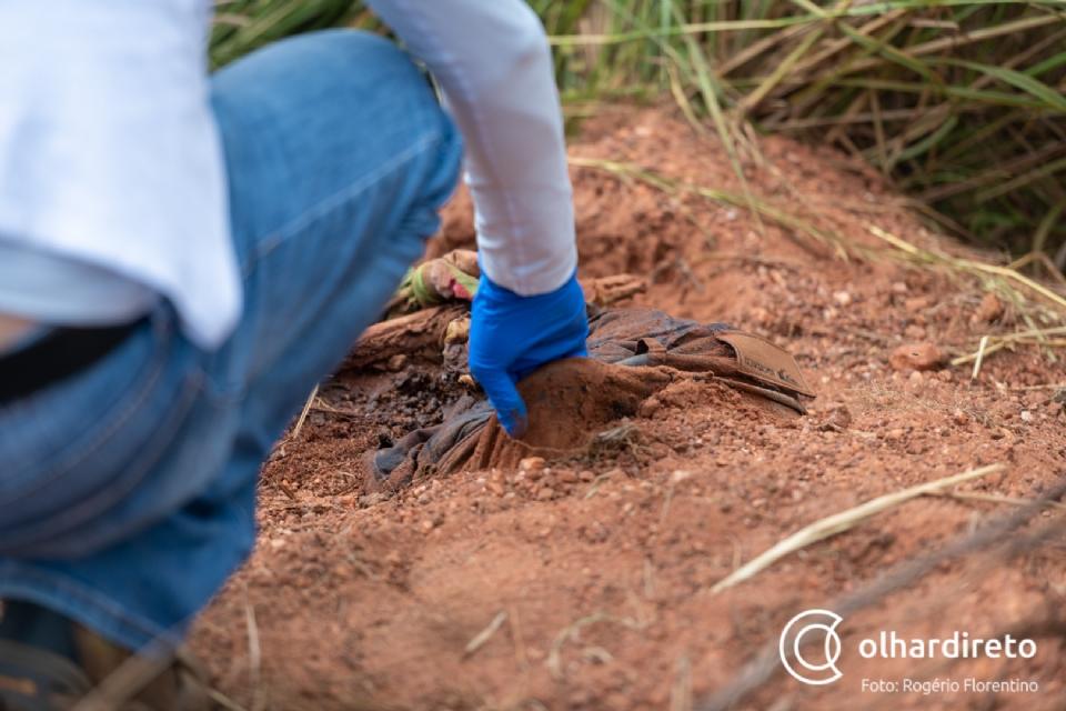 Corpo encontrado próximo a Imigrantes estava com mãos, pés e pescoço amarrados;  fotos