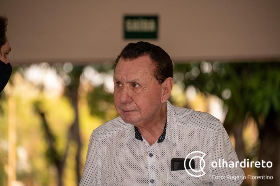 "Bezerra afirma que Bolsonaro é imprevisível e pode voltar a ""chutar o pau da barraca"" e atacar Poderes"