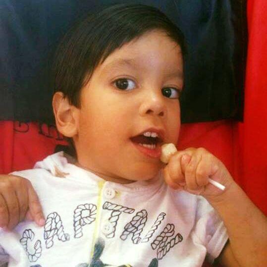 O pequeno Pedro, de quatro anos de idade