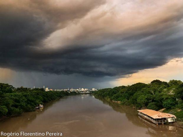Defesa civil alerta para possibilidade de temporal, granizo e vendaval em Mato Grosso