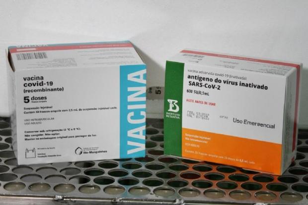 Mato Grosso recebe mais 50.800 doses de vacinas contra a Covid-19 nesta sexta-feira