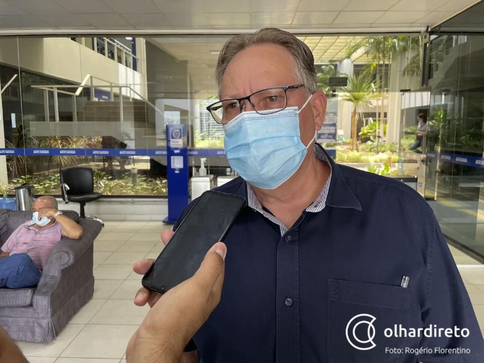 """""""Gostaria que todos municípios que receberam doses já tivessem utilizado"""", diz Gilberto sobre paralisação em Cuiabá"""