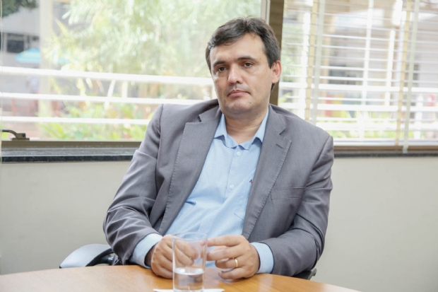 Diretor do TRE esclarece boatos sobre problemas com as urnas e rebate críticas sobre segurança