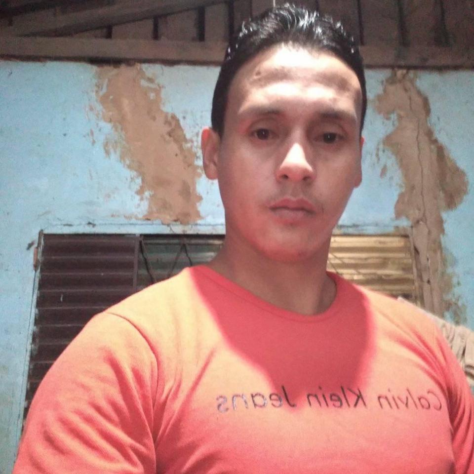 Homem de 28 anos esfaqueado pelo próprio pai não resiste e morre em hospital