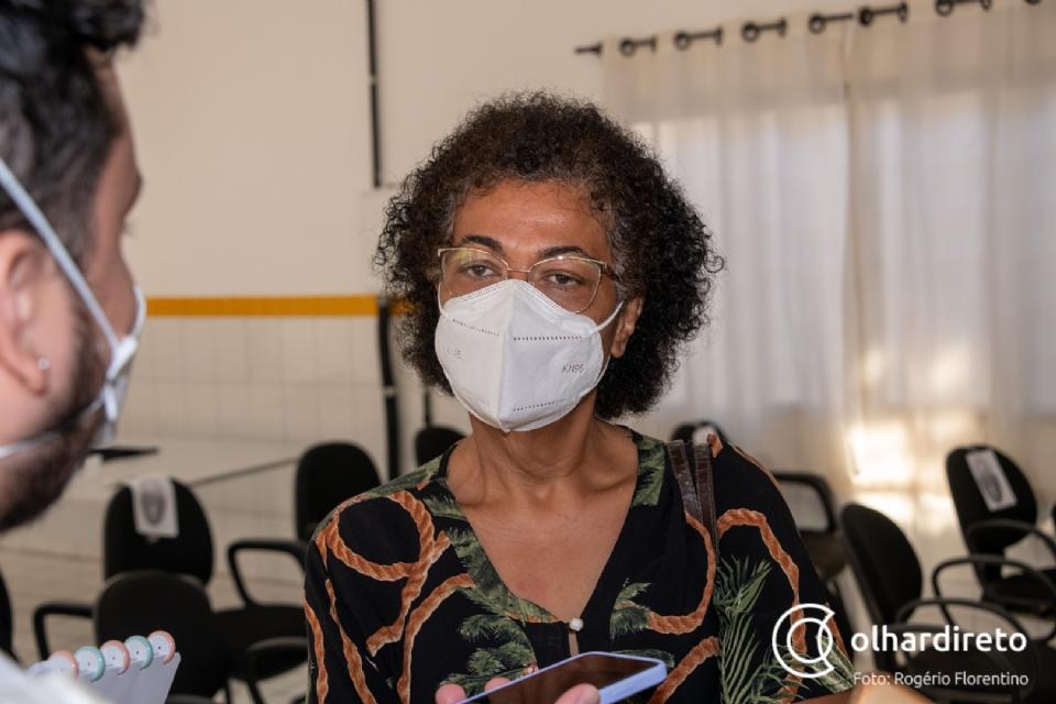 """Ozenira reúne equipe para definir """"operação de guerra"""" para vacinação, que deve contar até com as Forças Armadas"""