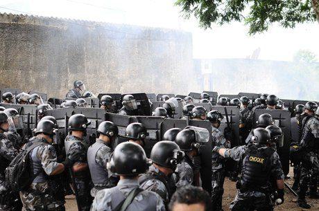 Treze PMs da Rota são indiciados por estupro e tortura durante reintegração de posse no Pinheirinho