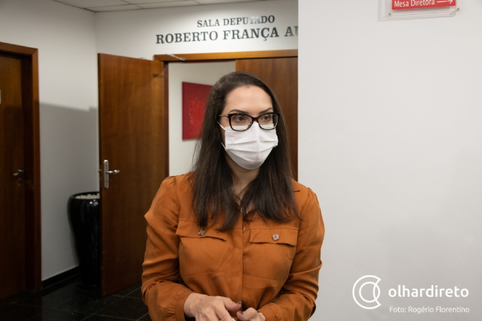 Janaina nega convite formal de Rossato e diz que prefere continuar como deputada independente