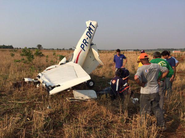 Queda de avião mata instrutor e aluno nesta manhã no interior; Veja Fotos