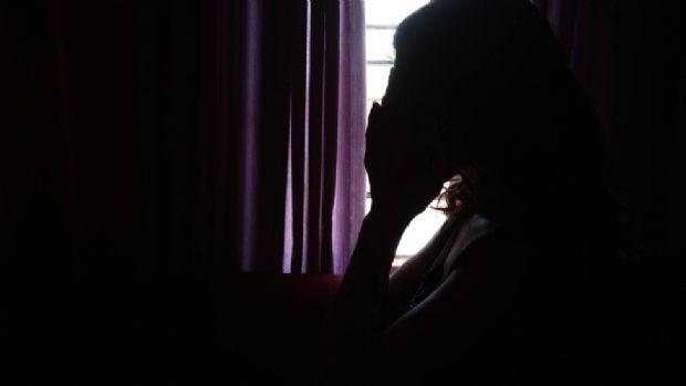 Idoso é preso acusado de tentativa de estupro e ameaça de morte contra sua vizinha