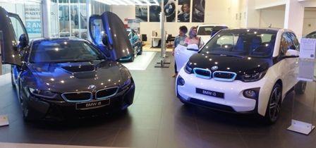 BMW aposta em sustentabilidade e lança modelos elétricos compacto e superesportivo em MT