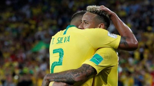 Brasil vence, encara o México nas oitavas e 'decreta' novo ponto facultativo na segunda