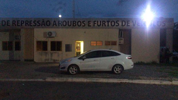 Integrante de quadrilha especializada em roubo de veículos recebia R$ 500 por participar de crime