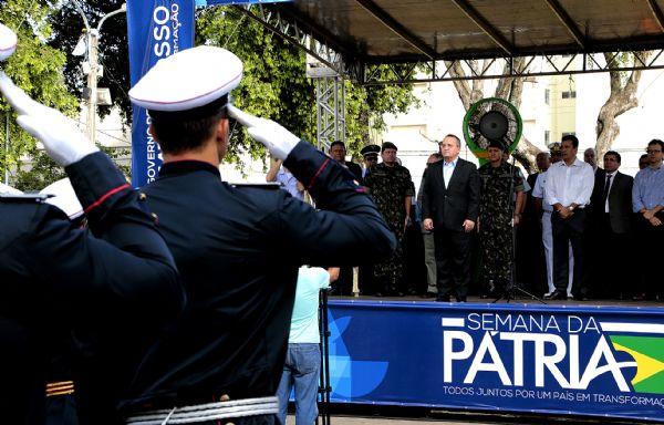 Governador anuncia reforço de mais 1.340 para segurança e convoca para curso de formação