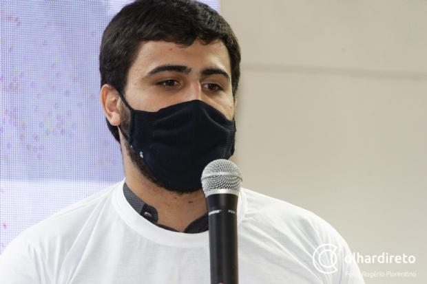Emanuelzinho diz que Mauro se esconde atrás de secretário e critica compra de jato
