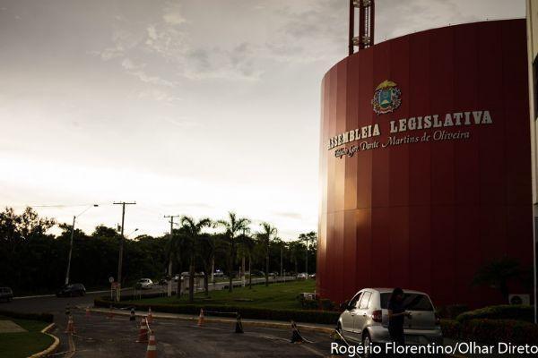 Deputados criam projeto que anula decreto de Taques para parcelamento de dívidas