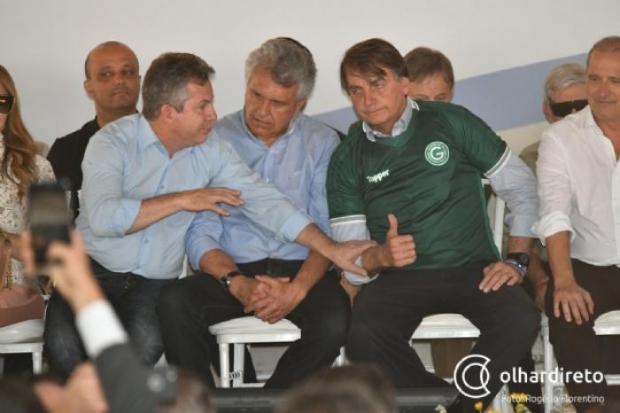 """""""Não dá para governar um país dessa forma"""", diz Mauro Mendes sobre crises de Bolsonaro"""