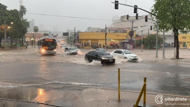 CPTEC emite alerta de tempestade e chuvas intensas para Cuiabá e mais 103 cidades de MT
