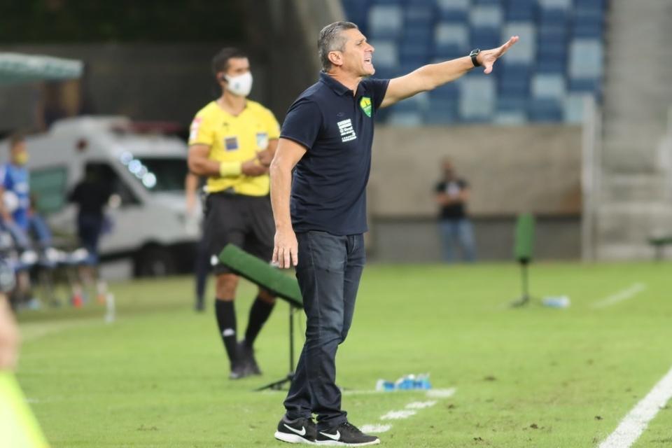Jorginho destaca consistência defensiva e volume no ataque em empate com o Internacional