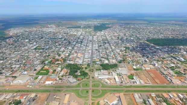 Prefeitura firmará cooperação com iniciativa privada para instalar 550 lixeiras na área urbana
