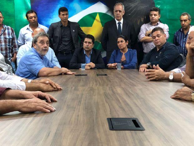 Paulo Borges é eleito presidente do PSDB com missão de assegurar permanência de Taques no partido
