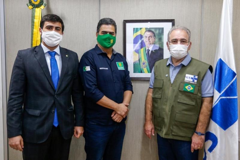 Ministro não diz número de doses extras de vacinas, mas anuncia vinda a Cuiabá nos próximos dias