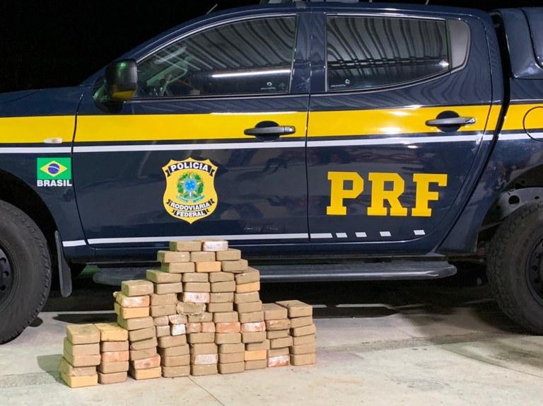 PRF prende homem que transportava mais de R$ 10 milhões em drogas de MT para RN