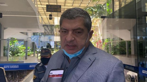 Maluf diz que Prefeitura de Cuiabá está correta em reservar vacinas para segunda dose