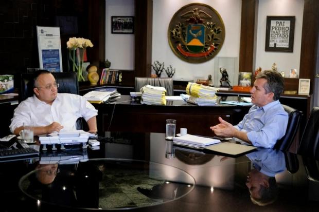 Mauro questiona salários de R$ 15 mil para motorista e vencimento quatro vezes maior para técnico