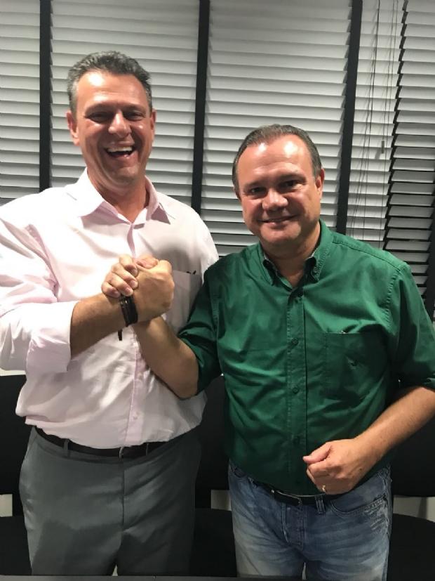 Após manifesto contra Taques, Fávaro fecha com oposição e compõe chapa com Fagundes