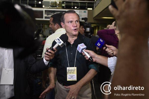 Com cinco partidos coligados, Fagundes tenta aliança com PV e PCdoB