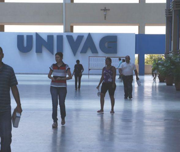 Univag promove cursos e oficinas em todas as graduações para estudantes