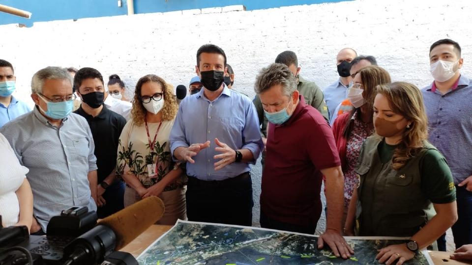 Governador visita Pantanal em busca de soluções para diminuição dos níveis das baías de Chacororé e Siamariana; fotos e vídeo