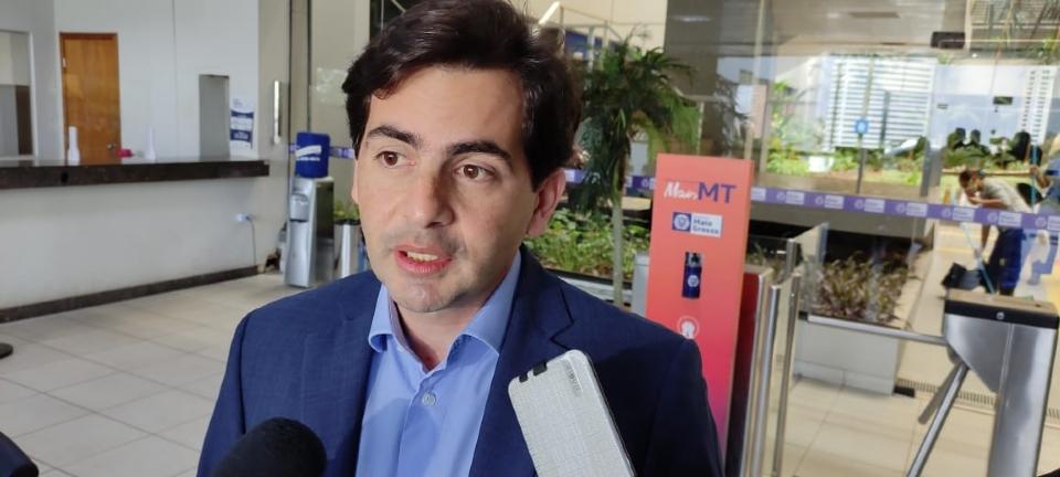 Fabinho cita 'presunção de inocência', mas afirma que decisão sobre liderança é 'do governo e não do partido'