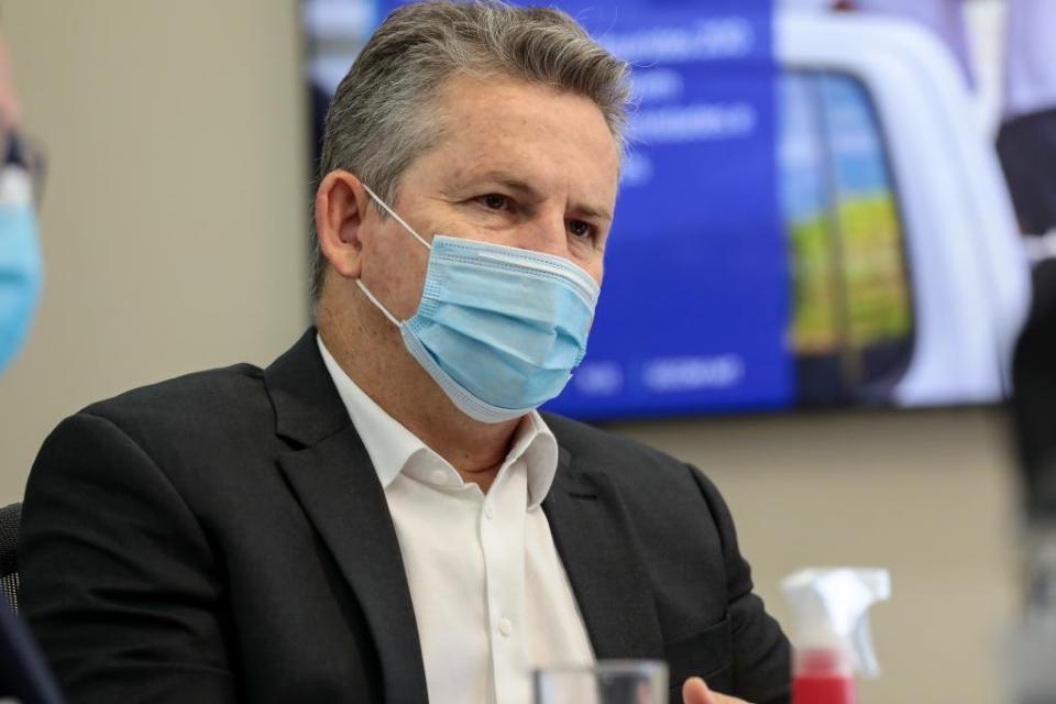 """Governador diz que Intermat tinha mais de 40 mil processos parados: """"estamos agilizando isso nessa gestão"""""""