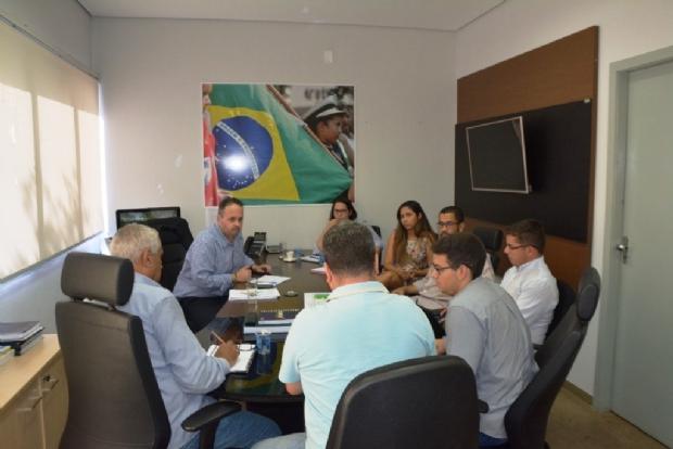 Alex Vieira Passos se reuniu com diretoria do Sintep e técnicos da Secretaria de Educação de Cuiabá
