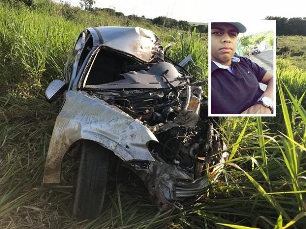 Jovem de 22 anos morre ao colidir Prisma em carreta e capotar diversas vezes