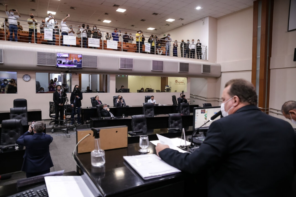AL cria Projeto de Decreto Legislativo para sustar decisão de conselheiro que reestabeleceu taxação na energia solar