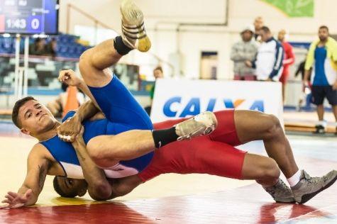 Atleta mato-grossense participa de sul-americano de luta greco-romana